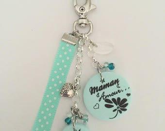 "MOM ""Love MOM"" keychain or bag charm"