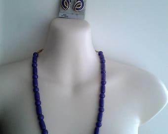 Vintage 80s Plastic Beaded Purple Necklace and Enamel Purple Studs
