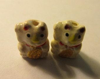 Mini White Ceramic Maneki Neko Kawaii Kitty Cat Bead with Gold Coin, 13mm, Set of 2