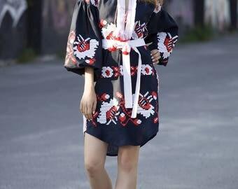Vyshyvanka tunic embroidered dress. Ukrainian vyshyvanka dress, mexican dress, Kaftan, Abaya, Caftan. Free Shipping Boho style