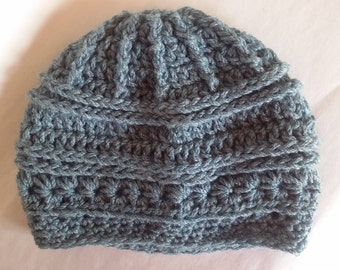 Crochet beanie for toddler in wool and bamboo for girl or boy