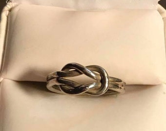 Vintage Sterling Silver Love Knot Ring Size 7