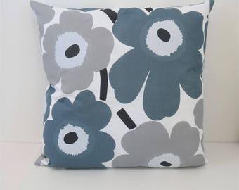 Double sided 18'' cushion cover PEINI UNIKKO, handmade from MARIMEKKO cotton fabric. Pillow size 45x45 cm (18''x18'')