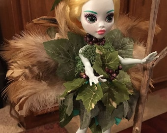 Woodland Forest notta repaint Fairy'Nymph'Elf, Faerie, Fae, Monster High OOAK