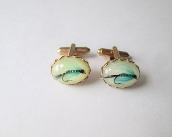 Lucite Fly Fishing Cuff Links Vintage 1960s Mens Jewelry Set