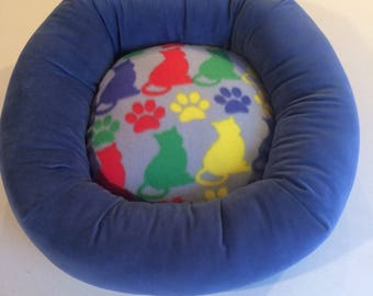 Cat bed, dog bed, pet bed