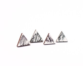 Earrings wooden triangle black and white pattern