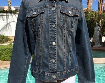 Gap Denim Jacket Vintage 90's with Metal Buttons,Size Large.