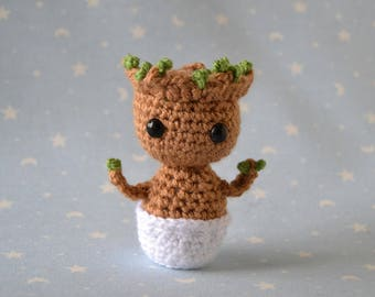 Groot baby, groot amigurumi, guardians of the Galaxy, guardian snowman groot, the Galaxy, rattle baby doll, rattle groot