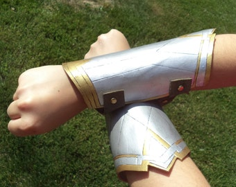 Wonder Woman Bracelets of Submission Bracer Cuffs