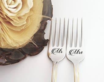 Wedding Forks  Mr. Mrs. Forks Wedding Serving Gift Engraved Forks Set for Couple Gold Wedding Forks Love Forks Personalized Forks Set Gift