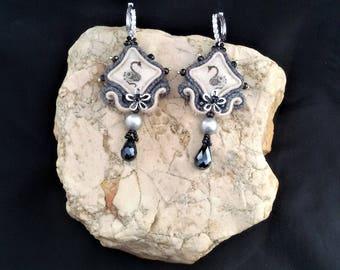 soutache earrings swans, soutache, soutache jewelry, soutache jewels, soutache embroidery, handmade earrings, embroidered earrings