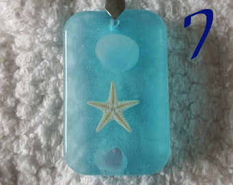 Rectangle Starfish and Seashell Resin Pendant | Seaside Series