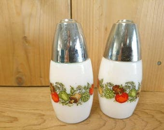 Vintage Westinghouse Milk Glass Spice of Life Salt and Pepper Shakers Farmhouse Chic Cottage Chic Decor Table Centerpiece
