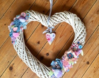 Large White Wicker Heart Wreath, Felt Flowers, Floral Wreath, Spring Wreath, Valentines Day, Valentine's Day, Special Gift