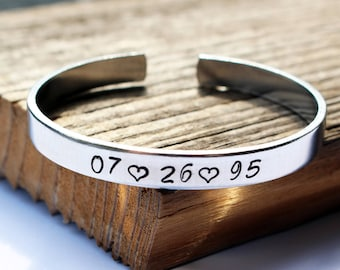 Personalized date bracelet Customized special date bangle Save the date bracelet Anniversary day bracelet