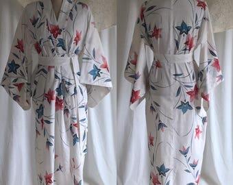 Vintage 1950's Hand Painted Echigo-jofu Kimono Robe