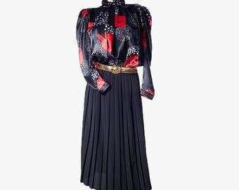 Vintage dress•80s dress•Vintage pleated dress•80s elegant dress•Long dress•High neck dress•Vintage coctail dress•Flowery dress•Navy blue