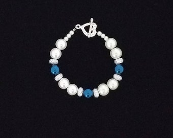 White Faux Pearl Beaded Bracelet with Blue and Rhinestone-Like Accent Beads