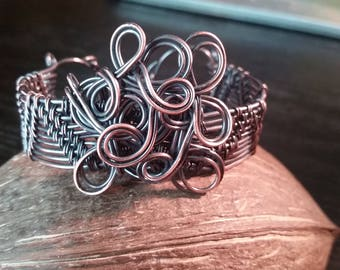 With a Twist! ;; Copper-Twisted Wire Bracelet!