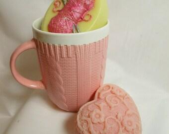 Knitting Themed Soap and Pink Mug Set