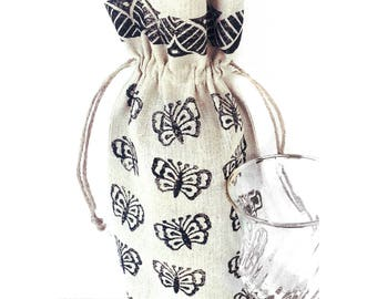 Wine bag Butterfly gift Butterfly print Butterfly bag Gift for wine lover Wine bottle holder Wine gift Wine holder Wine lover gift Wine tote