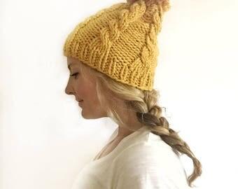 Chunky knit pom hat - mustard
