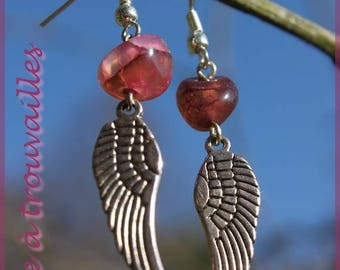 "Earrings ""Flight"" and its Agathe"