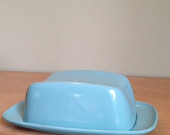 TuRqUoIsE melamine butter dish, butter, vintage, like Melmac