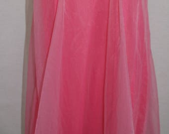 1950's 1960's Pink Chiffon SAKS FIFTH AVENUE Nightgown