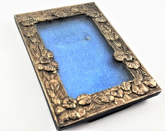 Blue Vintage Photo Frame