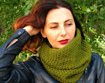 Green Olive knit neckwarmer scarf Hooded cowl Chunky infinity scarf Women oversized cowl Scarves knit Cowl wool snood Large Warm cowl