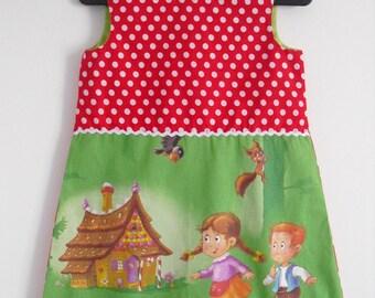 Pretty little dress size 3/4 years!