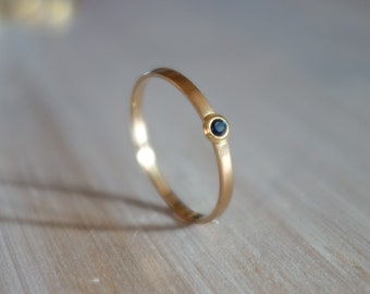 Fine, thin ring, wedding ring rose gold 18 K, sapphire ring, knuckle ring, engagement, woman, wedding jewelry set.