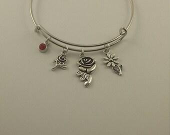 Flower power charm bangle