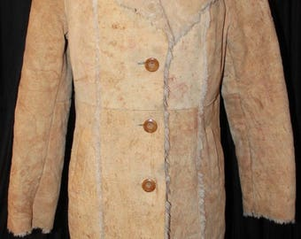 Vintage BOHO Hippie Retro Suede Pieced Tan Leather Suede Shearling Coat  Faux fur lined