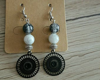 crochet earrings glass beads and silver print metal filigree black