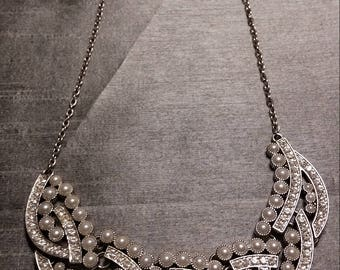 Exquisite and Elegant Faux Pearl and Rhinestone Necklace