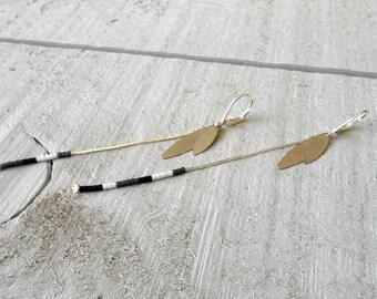 Silver Earring, miyuki beads black and multi sequins