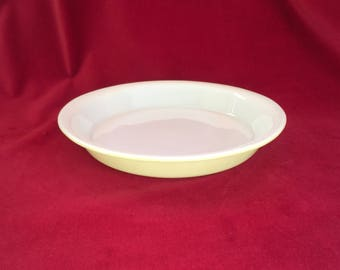 Lime Green Pyrex Pie Plate, #909 9-inch