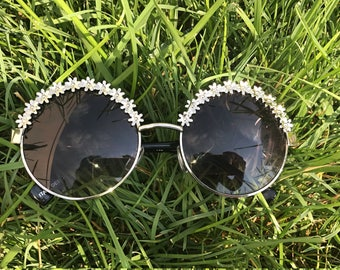Round Sunglasses with Flowers on the top rim