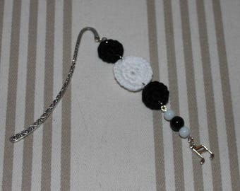 Black and white cotton crocheted bookmarks, charm silver metal music notes