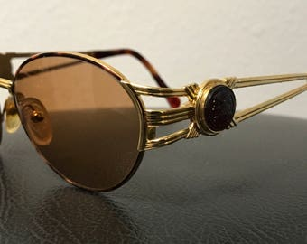 Fendi FS 149 Havana / Vintage Sunglasses / Made Italy / Comes With Vintage Fendi Case