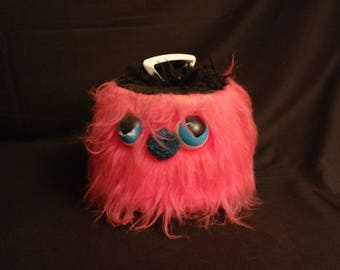 Pink Hairy Monster 45 RPM Record Carrier--Disc-go-Case- Mod- Furry Groovy guy with big eyes- Locking Handle