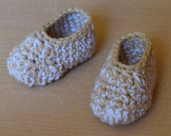 Crocheted booties, gender neutral baby booties, photo prop, baby shoes