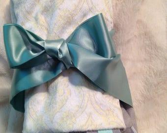 Tagged Ribbon Blanket-Snuggle Baby Blanket -Baby Shower-Sensory Gift-Milky Blanket-Custom Handmade-