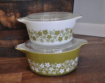 Pyrex Spring Blossom 474 475 Casserole Dishes with Lids - Crazy Daisy