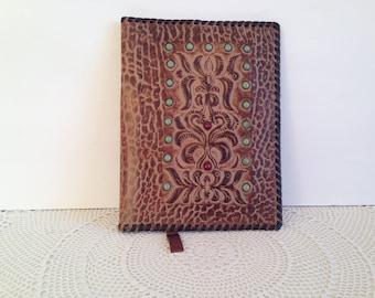 Genuine leather folder - Vintage leather book cover - Business folder - Tooled leather folder -Embossed genuine leather folder