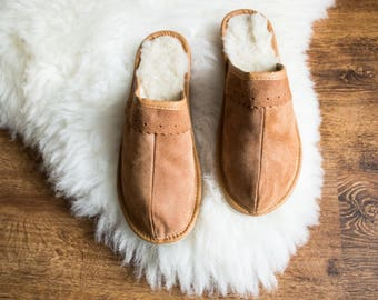 SHEEPSKIN slippers LEATHER slippers Fur slippers shearling shoes Women moccasins sheepskin boots fur boots valenki moccasin boots shoes