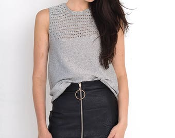 VINTAGE Silver Shiny Sleeveless Retro Top T-Shirt